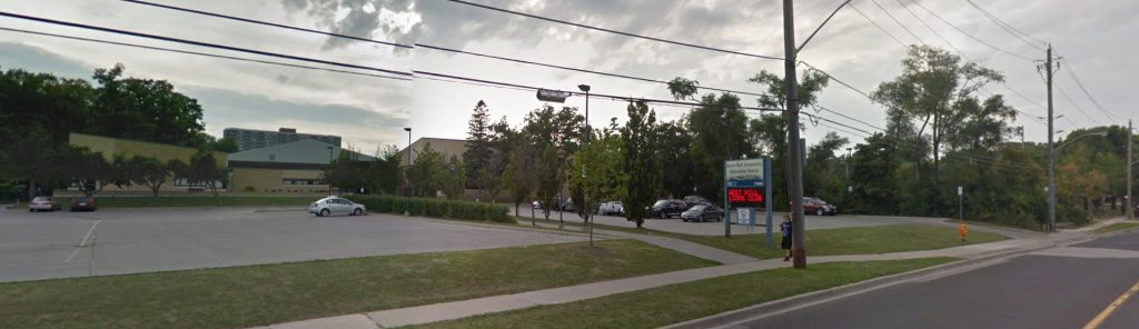 Photo of Heron Park Community Centre from the road